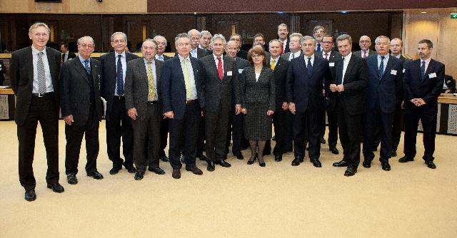 CARS 21 High Level Group on the competitiveness and sustainable growth of the automotive industry in the EU
