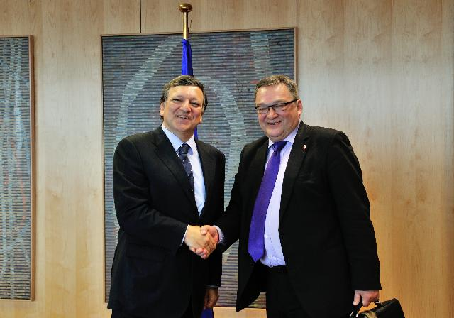 Visit of Kuupik Kleist, Greenlandic Prime Minister, to the EC