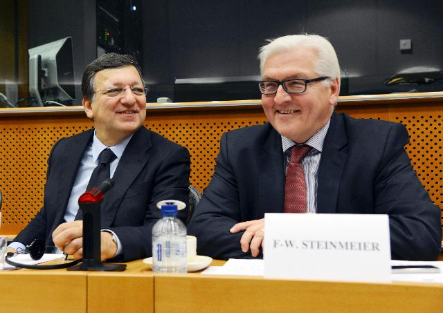 Meeting between Frank-Walter Steinmeier, Chairman of SPD, Udo Bullmann, Member of the EP, and José Manuel Barroso, President of the EC