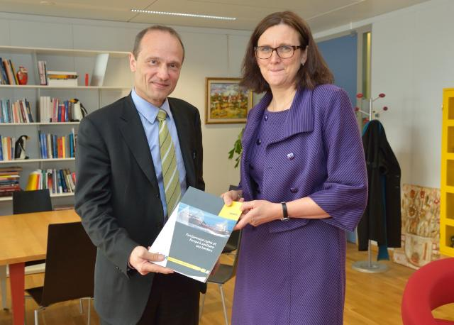 Visit of Morten Kjærum, Director of the EU Agency for Fundamental Rights, to the the EC