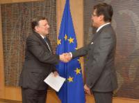 Présentation des lettres de créance des nouveaux chefs de mission auprès de l'UE à José Manuel Barroso, président de la CE