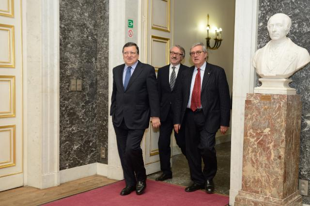 Presentation by José Manuel Barroso, President of the EC, of the first award All European Academies Madame de Staël Prize for Cultural Values