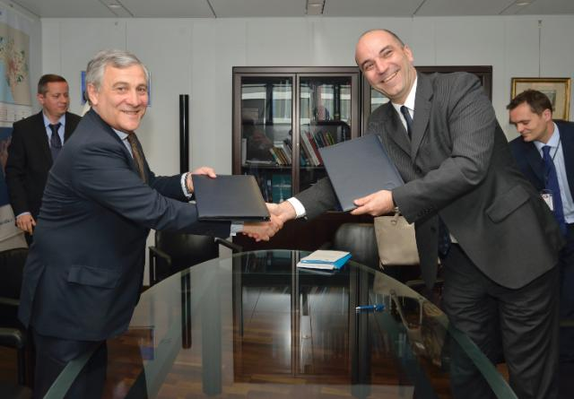 Signature of the Agreement formalising the entry of Montenegro in the COSME programme by Antonio Tajani, Vice-President of the EC, and Vladimir Kavarić, Montenegrin Minister for Economy