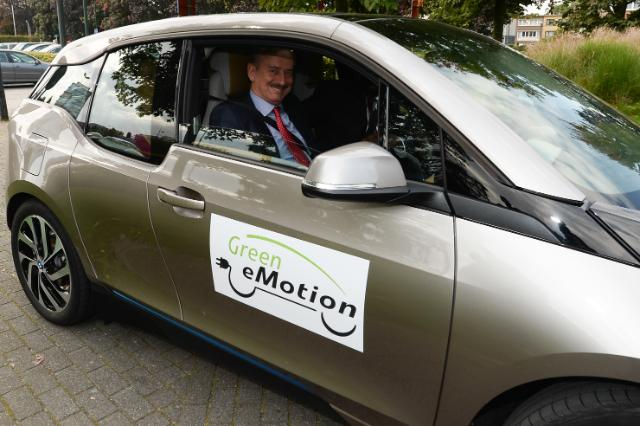 Participation of Siim Kallas, Vice-President of the EC, at the Green eMotion Electric Rally in Brussels