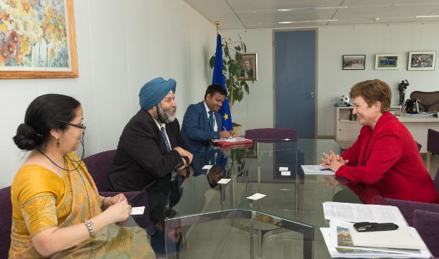 Kristalina Georgieva reçoit Manjeev Singh Puri, chef de la mission de l'Inde auprès de l'UE