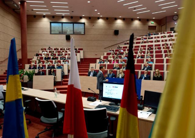 Visite de Jyrki Katainen en Pologne