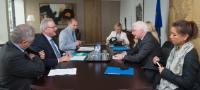 """Illustration of """"Visite de Pim van Ballekom, vice-président de la BEI, à la CE"""""""