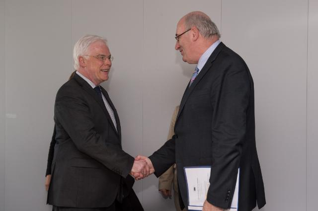 Visit of Pim van Ballekom, Vice-President of the EIB, to the EC