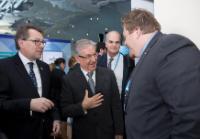 Visite de Karmenu Vella, membre de la CE, au Royaume Uni