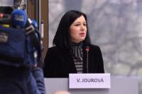 Participation de Vĕra Jourová, membre de la CE, à la conférence sur la radicalisation dans les prisons