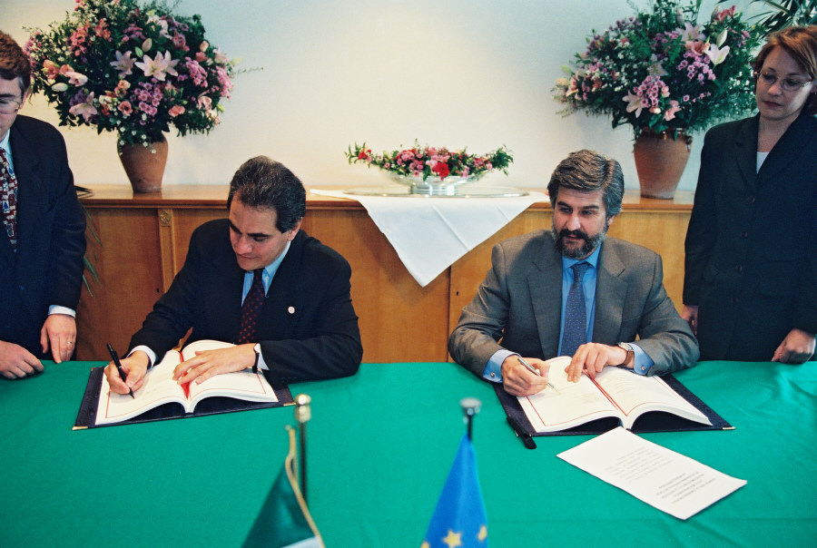 Signing of an agreement on mutual rcognition of names of spirits between the EU and Mexico