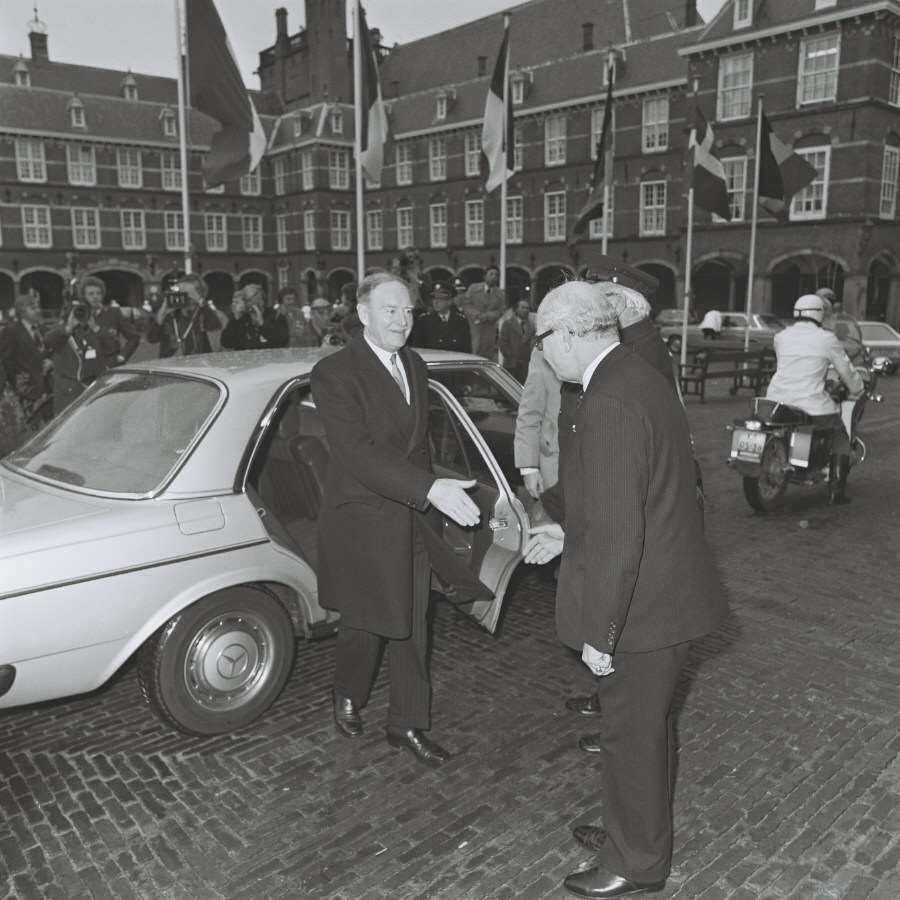 The Hague European Council, 29-30/11/1976