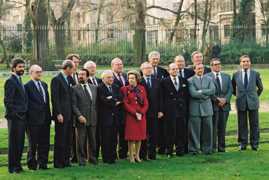 Composition of the new Delors Commission 1993