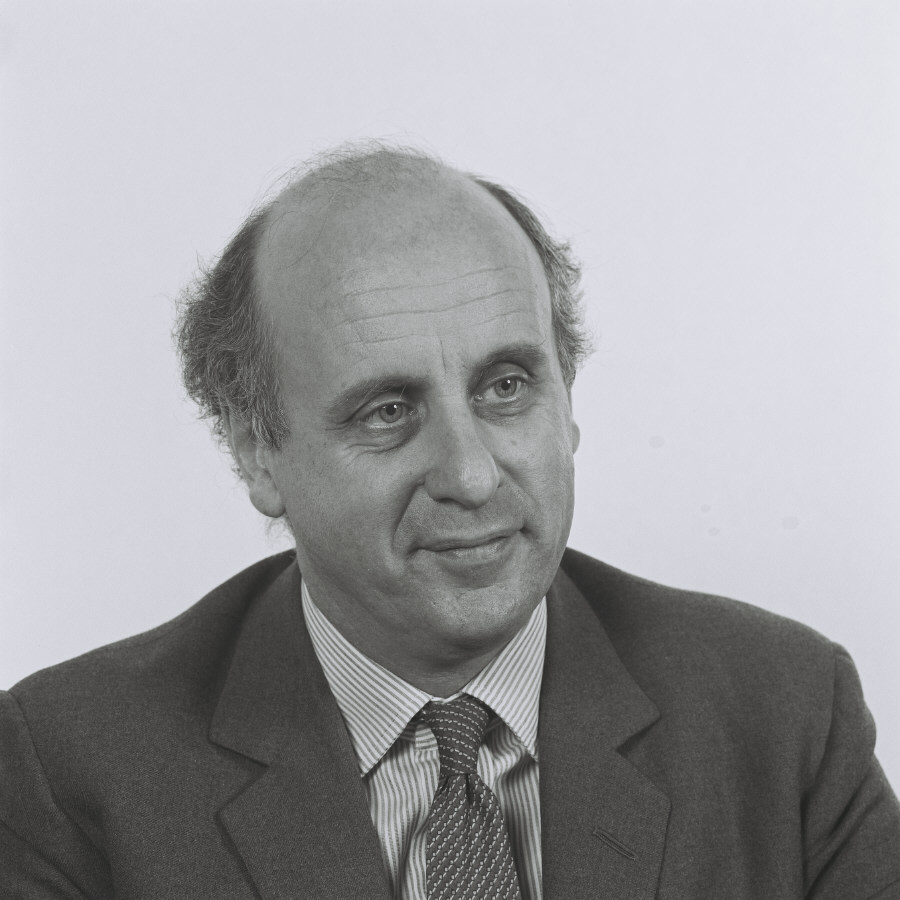 Etienne Davignon, Member of the CEC