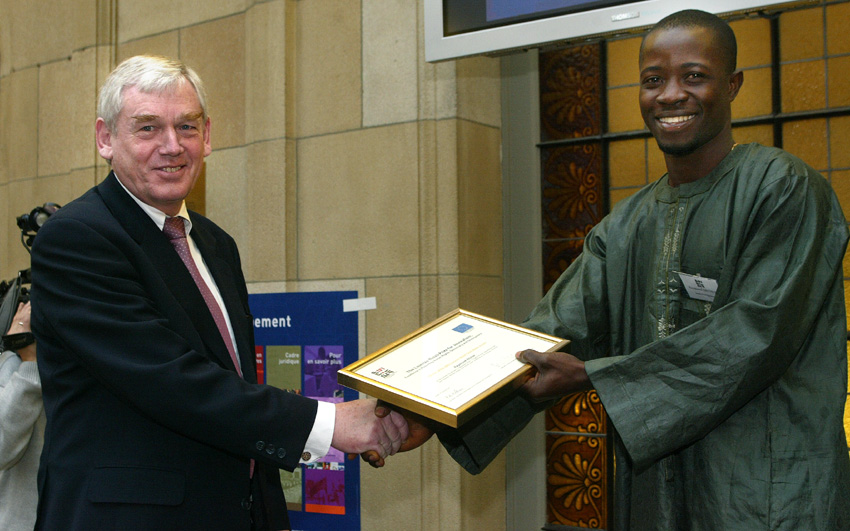 Award of the Lorenzo Natali 2002 Prize for Journalism