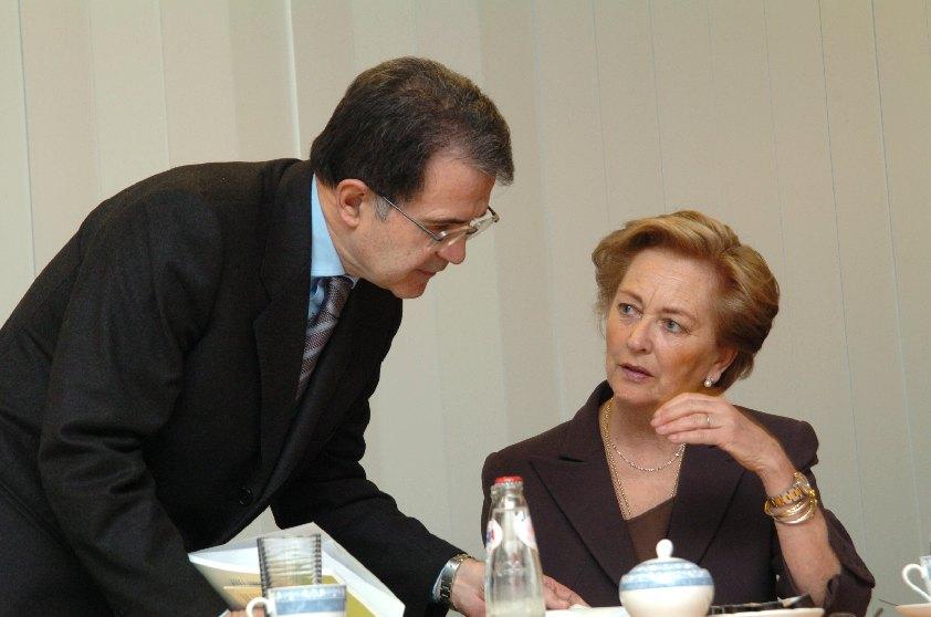 Visit of Romano Prodi, President of the EC, to the Child Focus centre