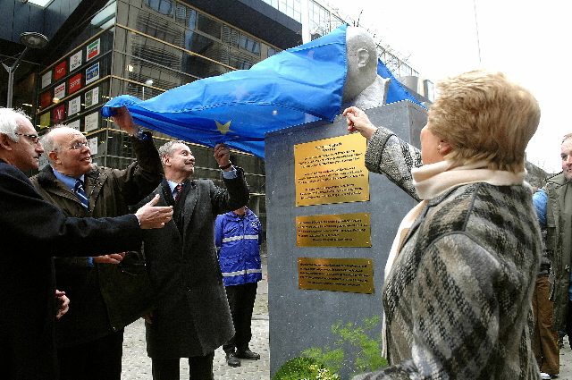 Inauguration of a monument dedicated to Paul-Henri Spaak