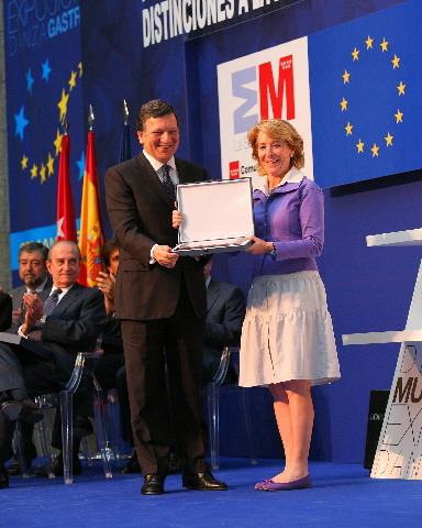 Award of the prize Distinción a la Excelencia europea de la Comunidad de Madrid, to José Manuel Barroso, President of the EC