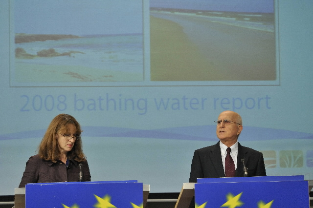 Press conference of Stavros Dimas, Member of the EC, on the quality of the bathing water in the EU