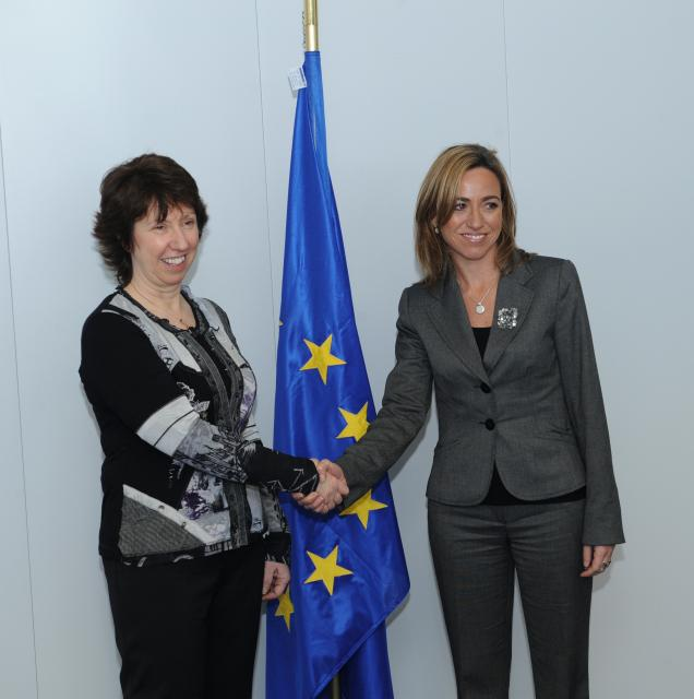 Visit of Carme Chacón Piqueras, Spanish Minister for Defence, to the EC