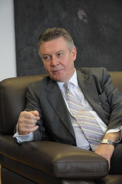 Interview given by Karel De Gucht, Member of the EC, to the magazine E!Sharp