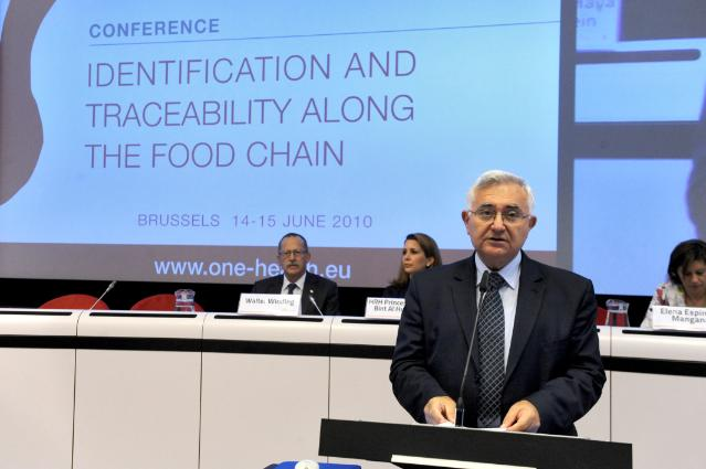 Conference Identification and traceability along the food chain