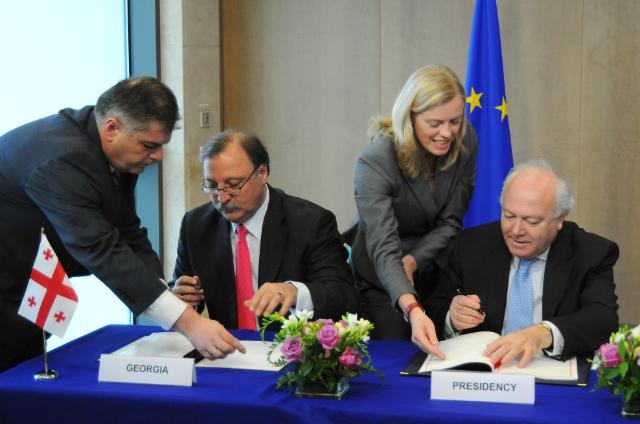 Signature of a visa facilitation agreement between the EU and Georgia