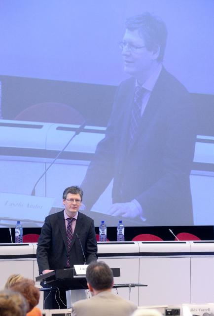 Participation of José Manuel Barroso, President of the EC, and László Andor, Member of the EC, at the