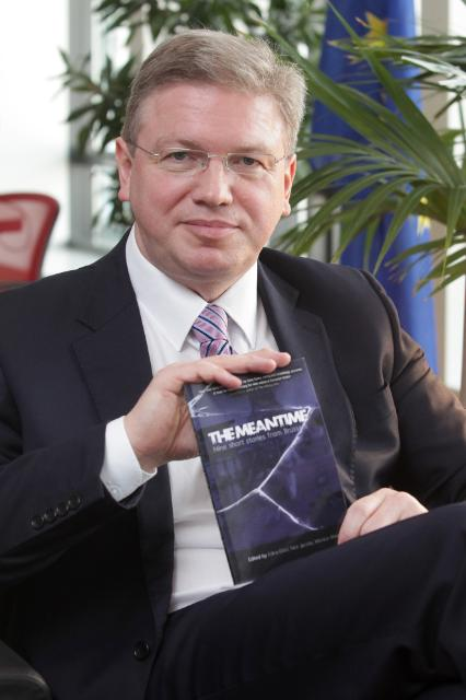 Štefan Füle, Member of the EC, while reading for the campaign 'Get Caught Reading'