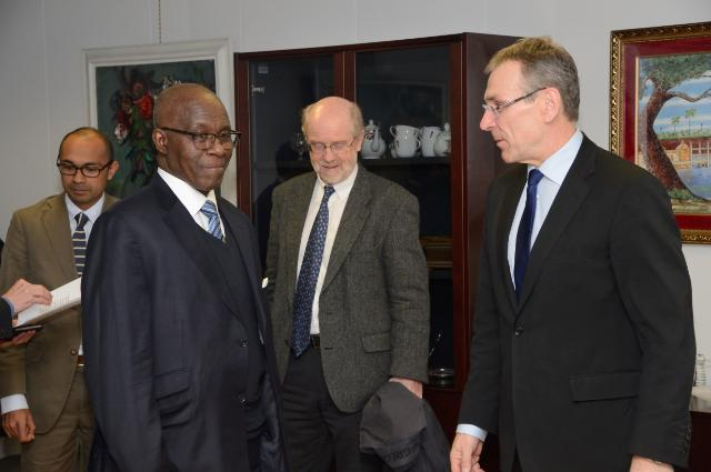 Visit of Kerfalla Yansané, Guinean Minister for Mines, to the EC