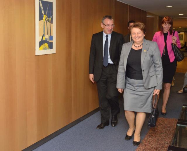 Visite de Laimdota Straujuma, Première ministre lettone, à la CE