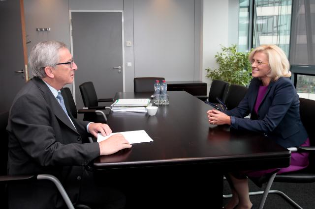 Meeting between Corina Creţu, Vice-President of the EP, and Jean-Claude Juncker, President-elect of the EC