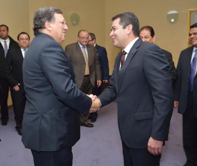 Visite de Juan Orlando Hernández Alvarado, président du Honduras, à la CE