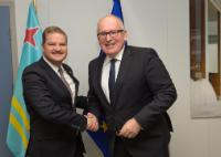 Visit of Mike Eman, Aruban Prime Minister, to the EC