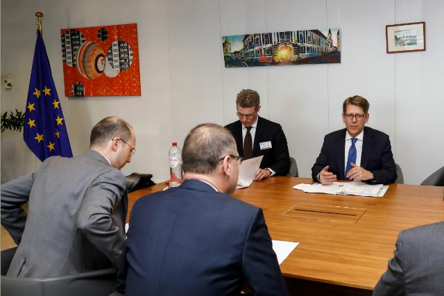 Visit of Jay Carney, Senior Vice-President of Corporate Affairs at Amazon, to the EC