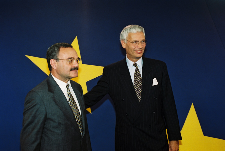 Visit of Artur Rasizade, Azerbaijani Prime Minister, to the EC