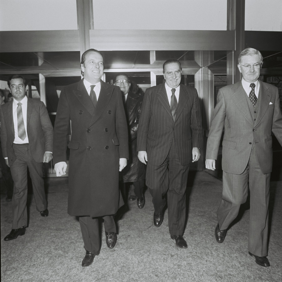 Visit by Francisco Pinto Balsemão, Portuguese Prime Minister, to the CEC
