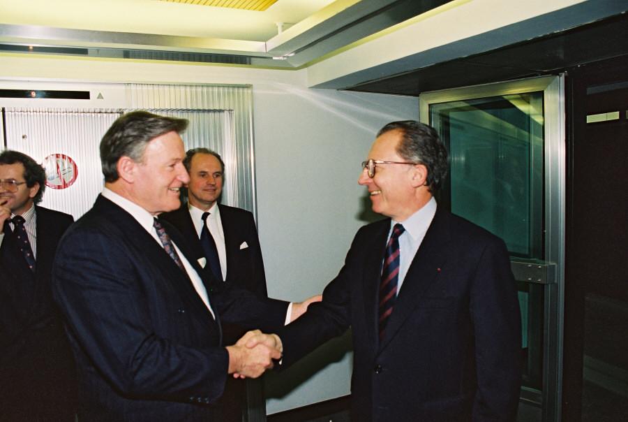 Visit of Jim Bolger, New Zealander Prime minister, to the CEC
