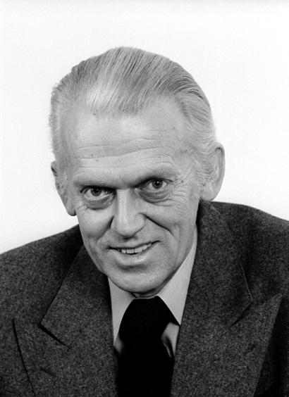 Finn Olav Gundelach, vice-président de la CCE