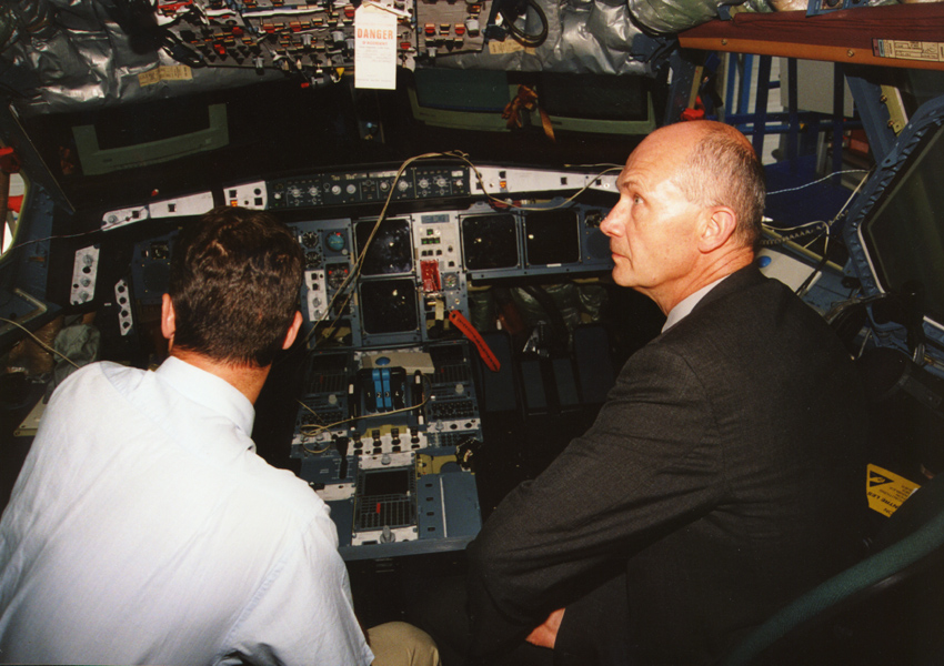 Visit by Pascal Lamy, Member of the EC, to Airbus Industrie