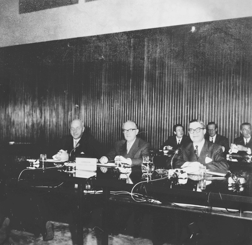 First ministerial meeting between the EEC Member States and Denmark