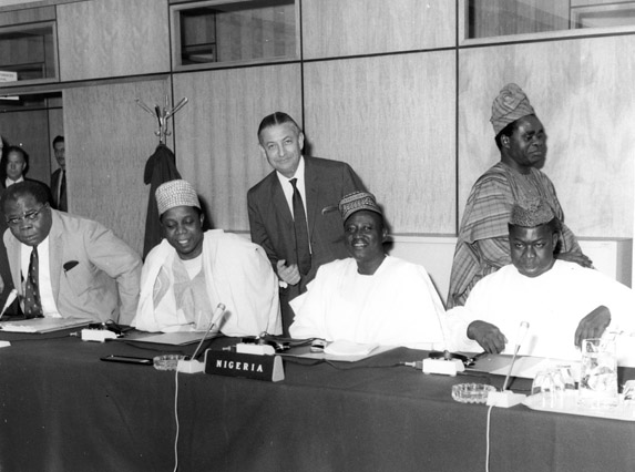 Launching of negotiations between the Commission of the EEC and Nigeria