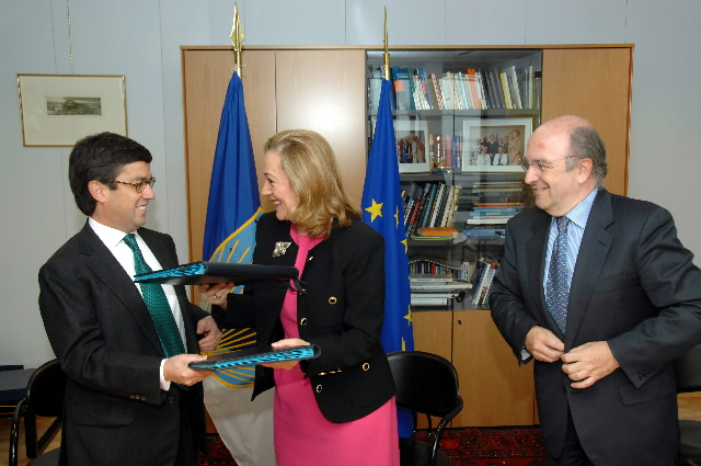 Visit by Luis Alberto Moreno, President of the Inter-American Development Bank, to the EC