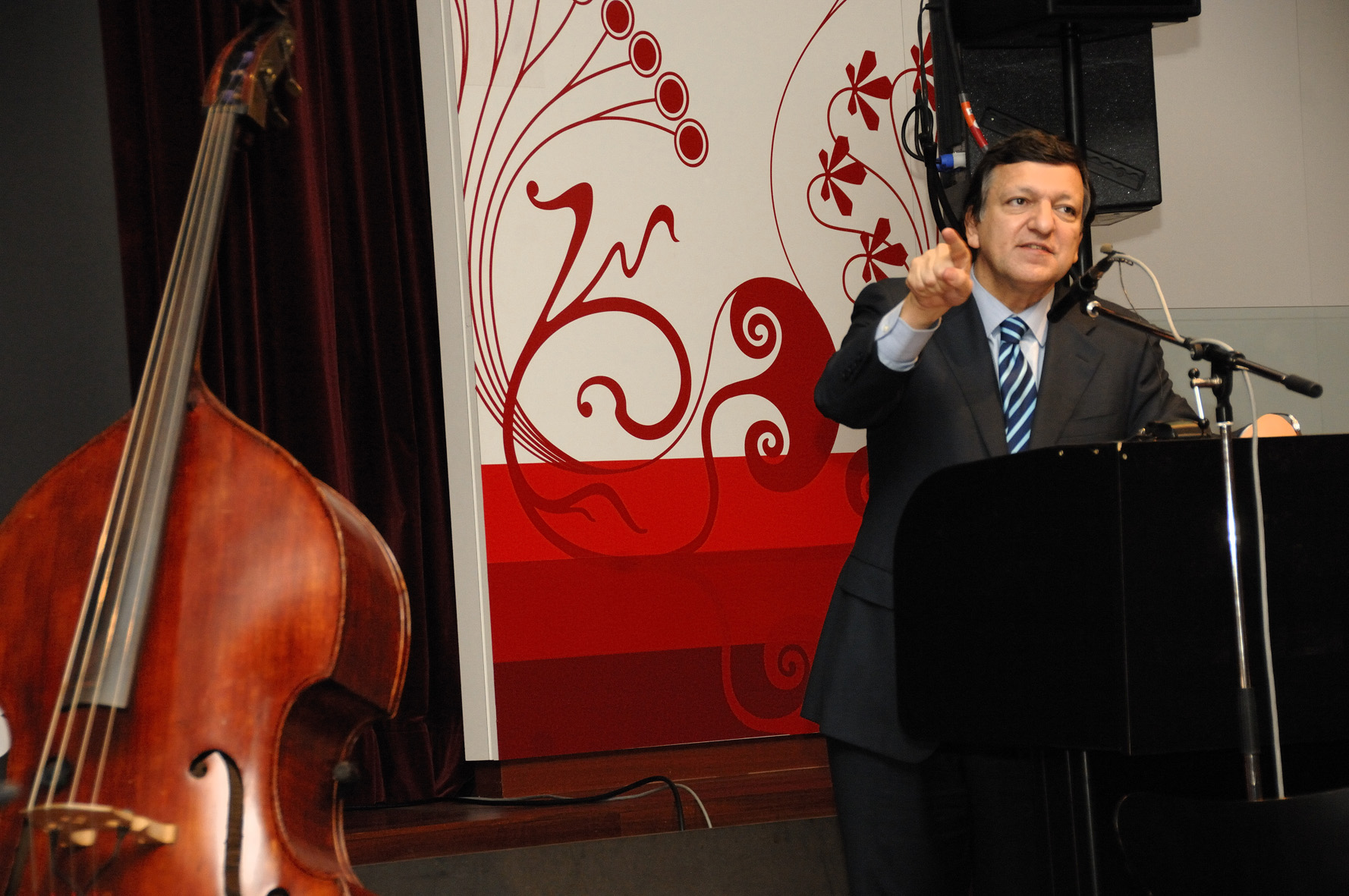 Participation of José Manuel Barroso, President of the EC, in the A Union with Results through cultural diversity conference