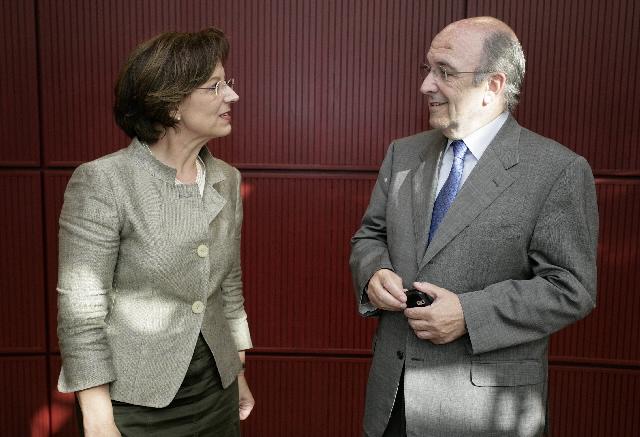 Discours de Joaquín Almunia, membre de la CE, sur La crise des marchés financiers conséquences et contre-mesures