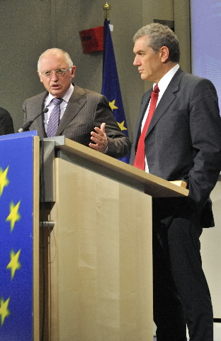 Participation of Günter Verheugen in the press conference on the European automotive policy