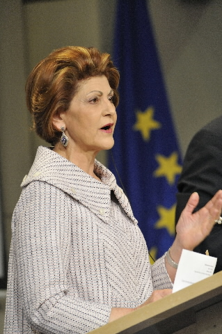 Press conference of Androulla Vassiliou, Member of the EC, on novel flu virus (H1N1)