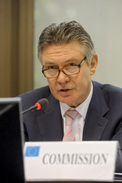 Participation of Karel De Gucht, Member of the EC, at the meeting on the future of the trade policy of the EU
