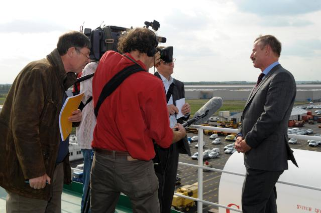 Visit of Siim Kallas, Vice-President of the EC, to the Antwerp Euroterminal in Antwerp