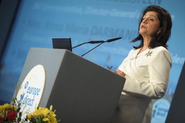 Participation de John Dalli, membre de la CE, à l'assemblée générale annuelle des centres d'information Europe Direct